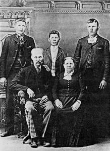 Rull Göran Larsson med fru och barn